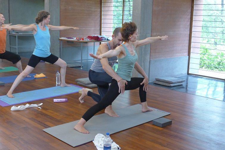 Formación de profesores de yoga India, Auroville