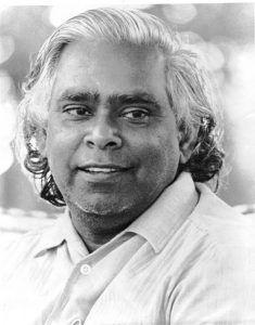 Swami Vishnudevananda, curso de yoga Sivananda