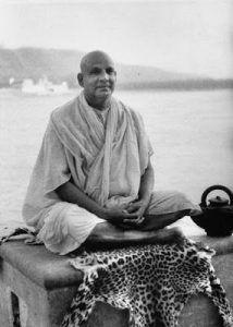 curso yoga sivananda
