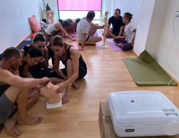 formacion-de-yoga-merkhaba-valencia