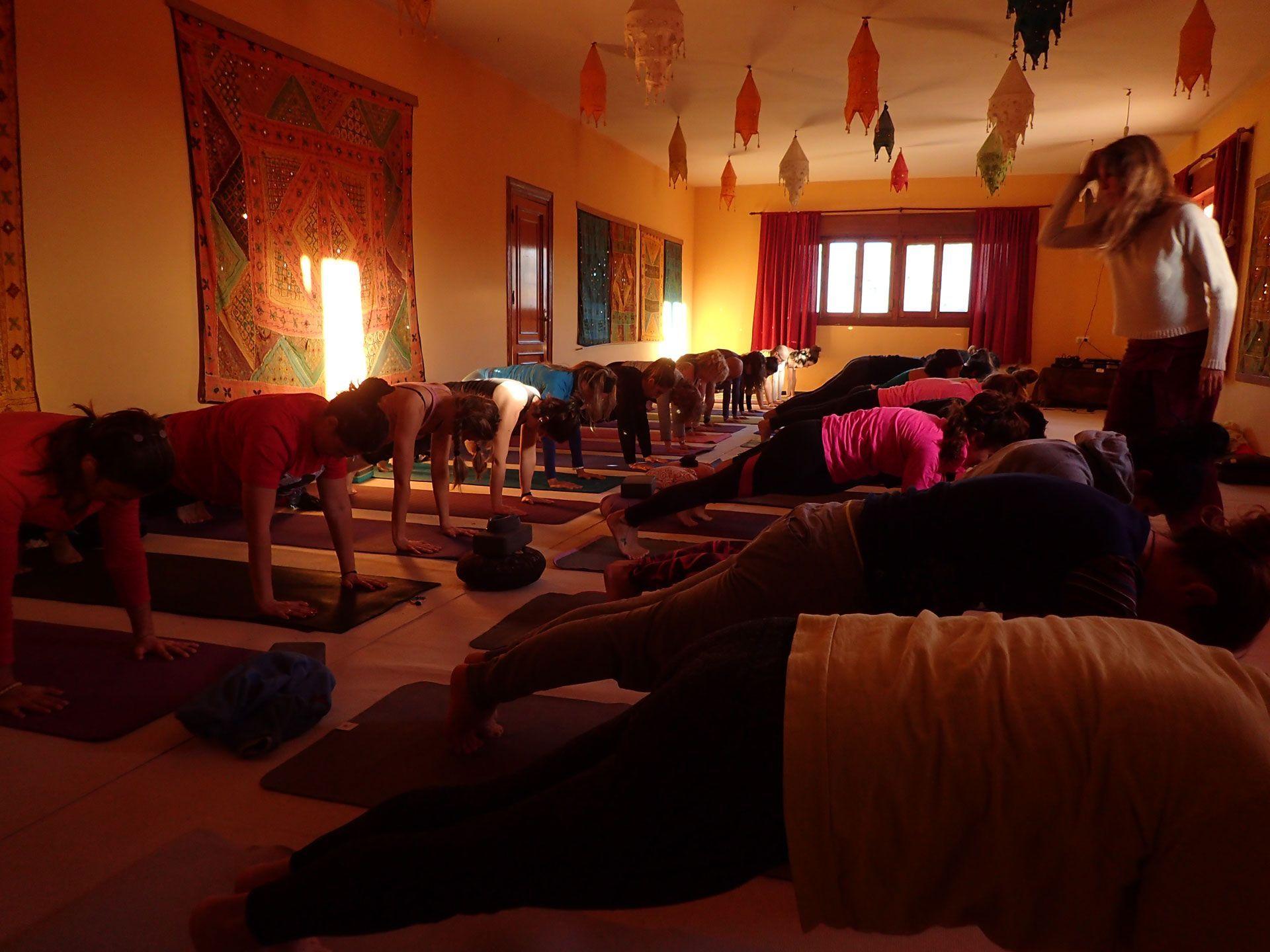 formacion-yoga-almeria